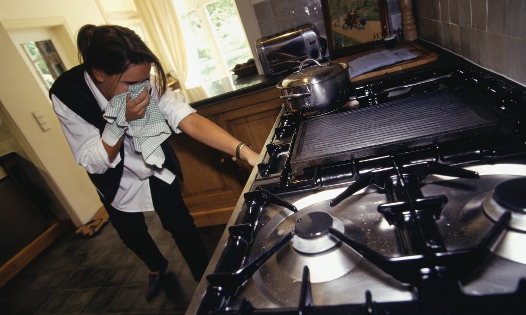 image of gas cooker with leakages