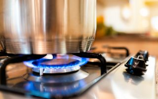 Gas Cooktop: Costs, Comparisons and Alternatives (Video)