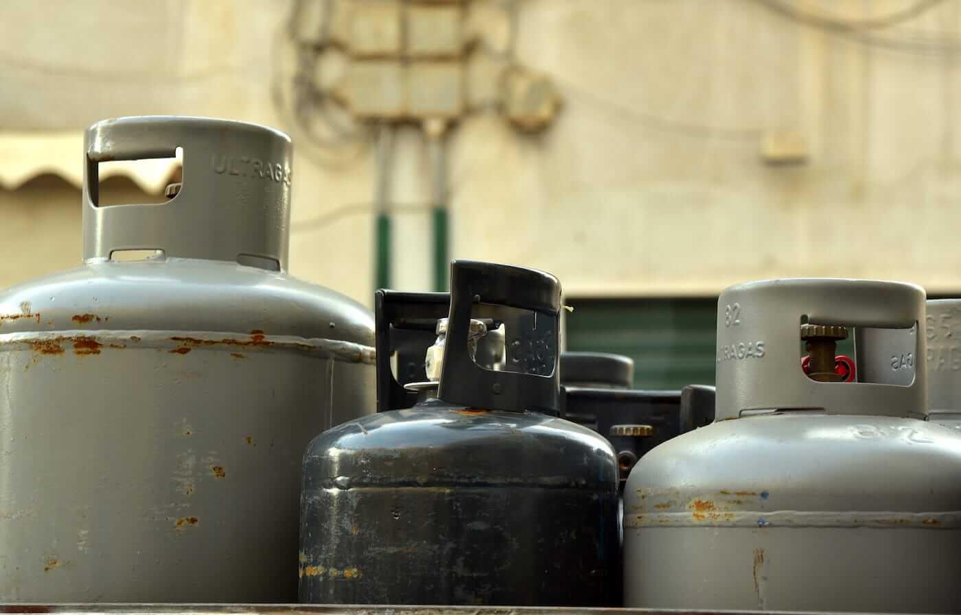 bbq gas bottles